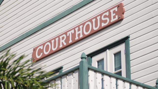 courthouse SXM 1