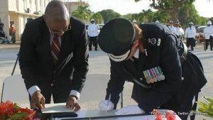 axa police chief2-001