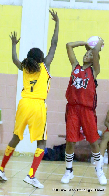 Jakisha Brooks of LU Shoots Over Joyette Lloyd of Thunderz-001