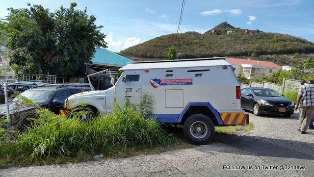 Money truck scene Pan American (5)