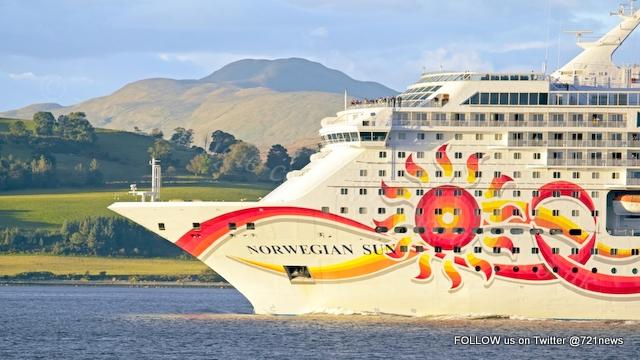 Cruise Ship Norwegian Sun Off Greenock Esplanade - Cruise ships at greenock