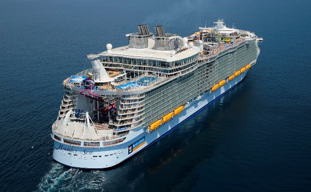 Royal Caribbean Confirms Holiday Cruise Schedule And Is On